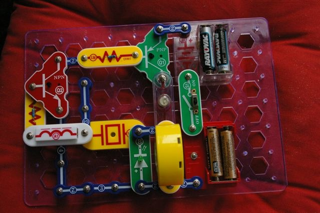 Snap Circuits Lie Detector